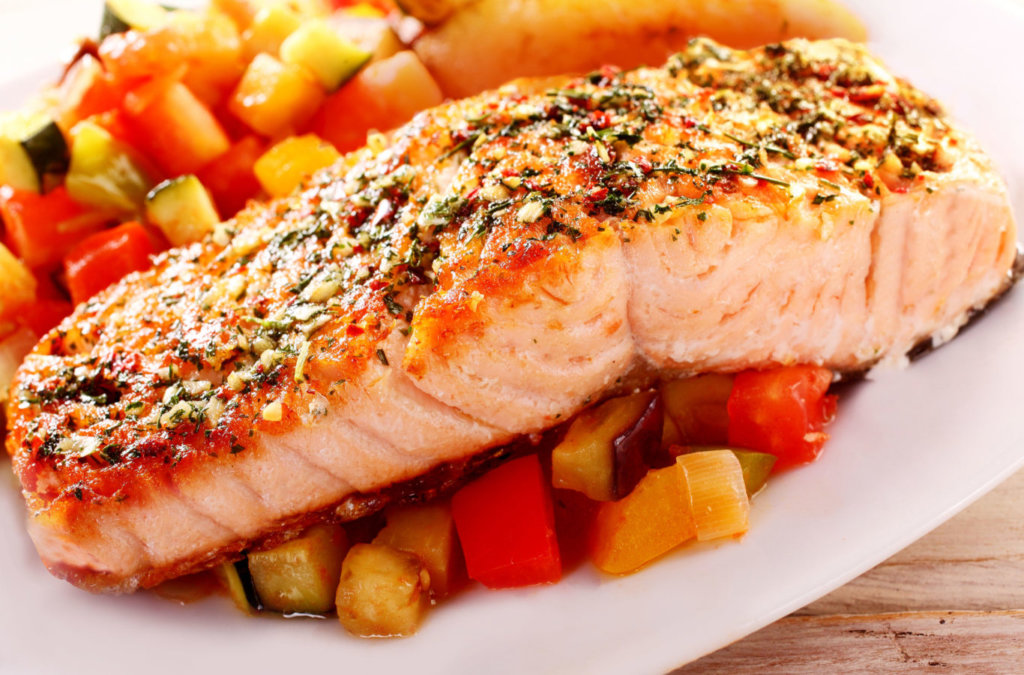 Grilled Salmon With Zucchini