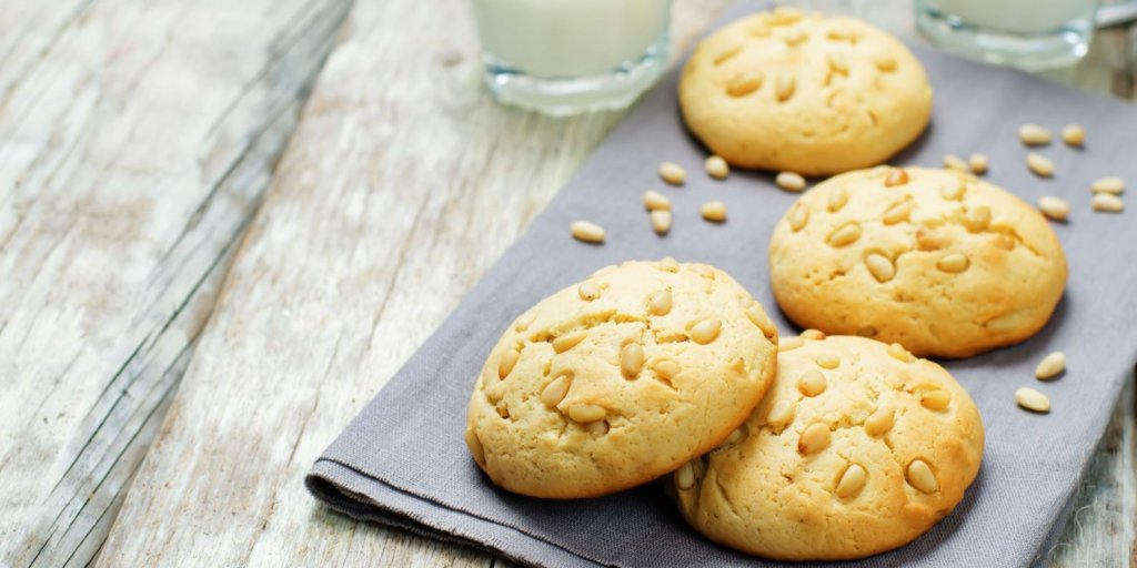 Amazing Almond Cookies